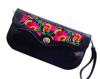 Free shipping Sale Black floral handbag, Leather embroidered purse, Floral evening bag
