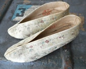 Vintage Silk Embroidered Chinese Slippers Shoes Leather Soles Shabby Boho French Decor