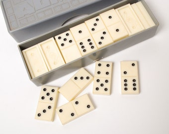 Vintage plastic game, Domino in  original plastic box. Satelite, stace