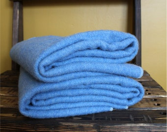 Full size Crib 100% wool puddle pad. Blue