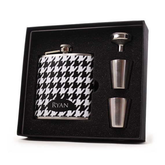 Personalized Flask Gift Set for Men // Houndstooth