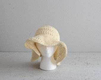 Vintage Sun Hat . Boho Festival Hat . Tan Woven Hat
