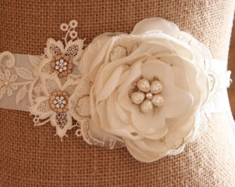Fabric flower wedding belt, fabric flower sash, bridal belt, bridal sash, hand made flower sash, ivory sash - 'Romance'