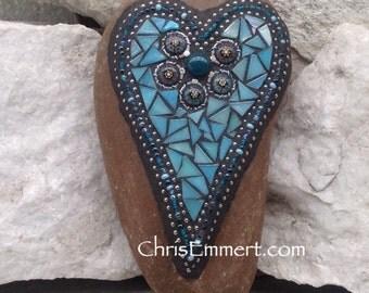 Iridescent Blue Mosaic Heart, Mosaic Garden Stone, Gardner Gift, Garden Decor, Mosaic Rock