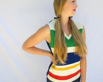 Retro womens striped top 1970s colorful striped pullover size M/L, V neck polyester sleeveless top 70s party top Jackpot Jen vintage
