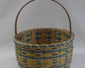Storage Basket / Round Basket / Handwoven Basket/Easter Basket