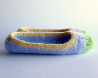 Wool Felted Slipper - The Ade - Size 7 / Light Blue / Pink Flowers / Green / Garden Toes - READY TO SHIP