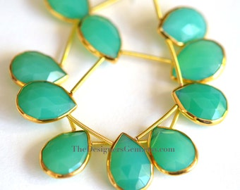 Bright Green Chrysoprase Faceted Gold Rimmed Beads, Chrysoprase Rimmed Beads, Gold Bezeled Chrysoprase 18x15mm