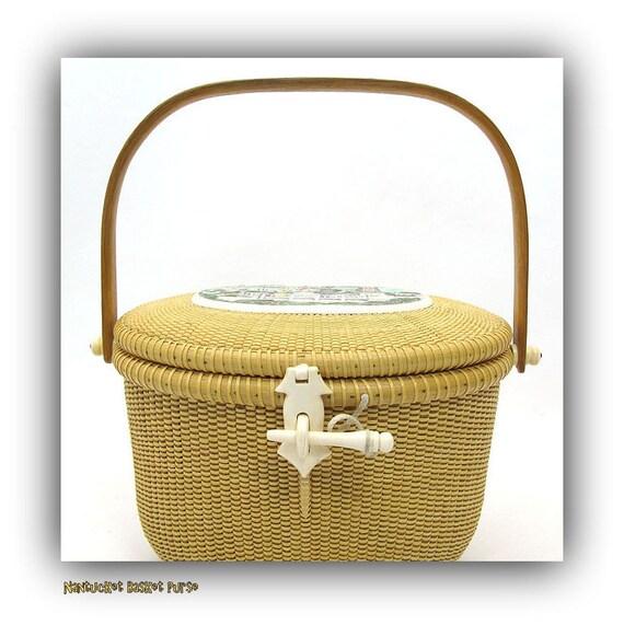 Handmade Nantucket Basket : A vintage nantucket lightship handmade basket top handle