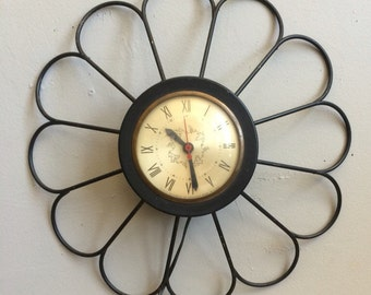 Vintage Mid Century Daisy Wall Clock by Sessions