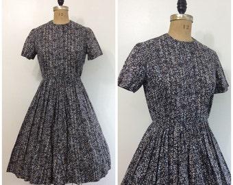 1950s Swirl Dresign Gray Dress 50s