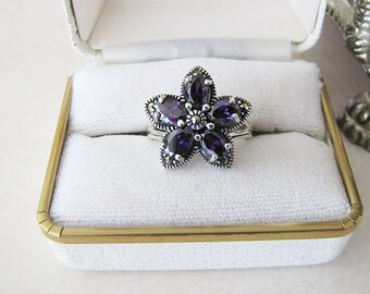 Estate Amethyst marcasite Sterling Silver Ring, Size 6.5