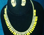Gorgeous Vintage Necklace earring Set prong set stones