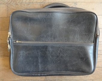 Vintage English Small Black Travel Carry Case Suitcase Holdall Carrier circa 1960-70's / English Shop