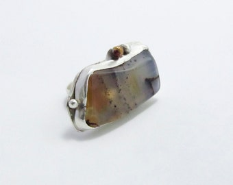 Sterling silver and Montana agate ring