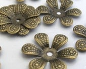 25 pcs Antique Brass 6 Petal Bead Caps 16mm PH-F140