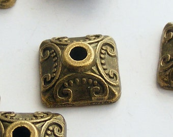 10pcs Antique Brass Pyramid Bead Caps 10mm Z-N1119-AB