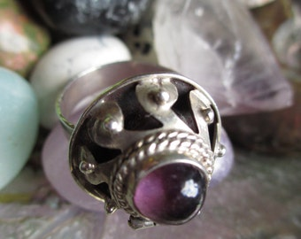 Vintage Poison Ring Mexican Sterling Antique style  artist hallmark 7-8