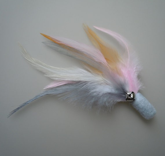 Cat Toy Light Gray and Pink Feather Flier with Catnip and Bell
