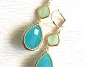 Turquoise Mint Dangle Earrings in Gold.  Drop Earrings. Bridesmaids Earrings. Gift. Christmas. Holiday. Jewelry. Turquoise Dangle Earrings.