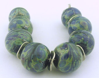 Multicolor and green silvered Lampwork Beads  (8) - LEteam
