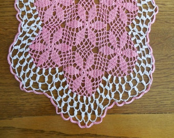 Vintagae Crocheted Dresser Scarf Table Runner Pink with white Lace Trim  Excellent