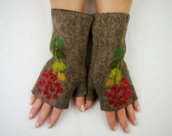 Felted Fingerless Gloves Fingerless Mittens Arm warmers Wristlets Merino Wool Brown