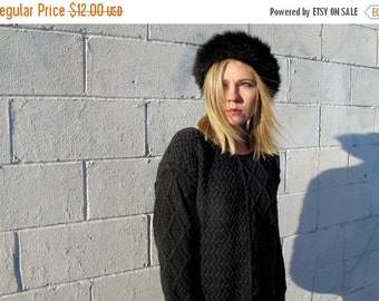 HOLIDAYSALE Grey Sweater - Heavy Weight Hand Knit Luxe Vintage Womens VTG - Size M/L