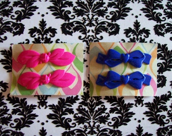 1950s Vintage Hairclips.  2 Pairs - 1 Pink, 1 Blue
