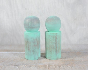 Painted, Distressed salt and pepper set, Shabby chic Salt and pepper shakers, wood