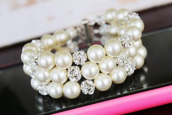 Pearl Cuff Bridal Bracelet, Chunky Wedding Bracelet, Bridal Bracelet, Swarovski Cream Pearl and Rhinestone Bracelet