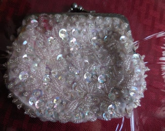 Vintage Small Change Purse 1970s to 1990s Hong Kong Plastic Sequins and Glass Beaded Pink Kiss Lock