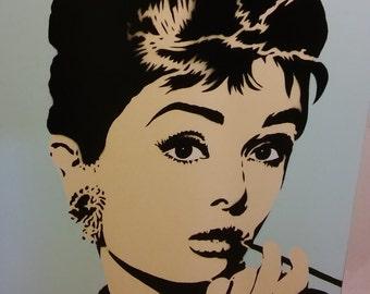 Audrey Hepburn (Ivory/light blue)