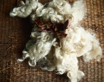 Valentine's mohair locks washed apricot