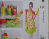 McCall's Fashion Accessories  M6978 Apron Pattern / Womens Aprons / Oven Mitt, Pot Holder, Towel, Bag Holder