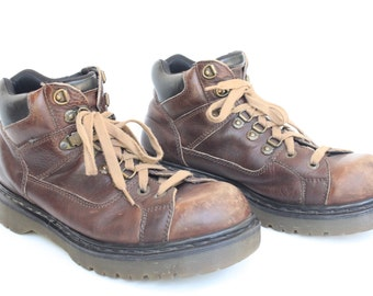 Vintage Men's Dr. Martens Brown Leather Lace Up Boots Size 9