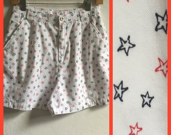 High Waisted 1990's Liz Claiborne Red White And Blue Star Shorts ~ Lizsport ~ Petite Size 10 ~ Excellent Condition
