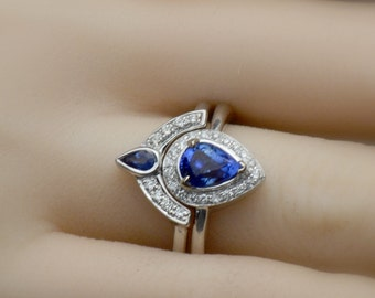 Free Shipping Untreated Royal Blue Sapphire engagement ring, Pear sapphire and a tear drop set of rings, gift for her, model-