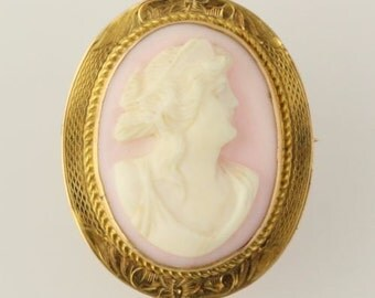 Vintage Carved Pink Shell Cameo Brooch / Pendant - 10k Yellow Gold Collectible q661