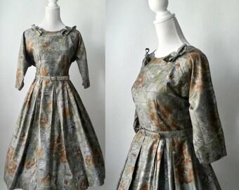 Vintage 1950s Grey Floral Rockabilly Dress, Medium Size