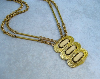 Vintage Signed Castlecliff Necklace Modernist Hammered Gold Tone Enamel Multi Chain Lavalier