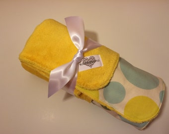 Cozy minky neutral baby blanket. Abstract polka dots cotton print and yellow minky blanket. Unisex blanket. Sale
