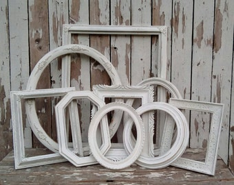 Shabby style Picture Frames, Vintage Open Frame set, Frame grouping, Shabby Cottage, French Farmhouse, Antique painted frames, Wall gallery