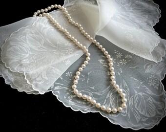 Vintage Sheer White Tulip Handkerchief - Vintage Hankies - Antique Handkerchief - Vintage Accessories - Shabby Chic - Weddings - Gifts
