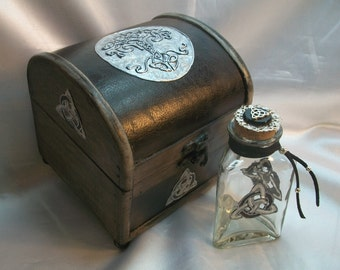 Tree of Life  & Triquetra Witch's Chest  and Potion Bottle Gift Set