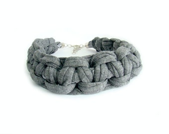 Grey Chunky T-shirt Yarn Macrame Knot Choker Necklace, Statement Necklace, Knot Necklace