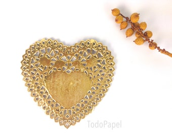 10 Gold Heart Doilies. Metallic Gold Foil Valentines Day gift embellishments | 4 inch Golden Lace Paper Doilies. Catering, Crafts, Weddings