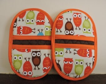 Mini Microwave Mitts-Oven Mitts-Pinchers-Multi-Color Owls w/Orange Trim-Free Shipping