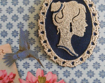 Iron on Embroidered Applique Patch Cameo