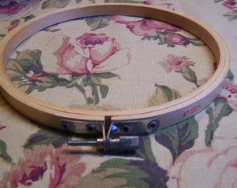 "Size 6"" Wood Embroidery Hoop"